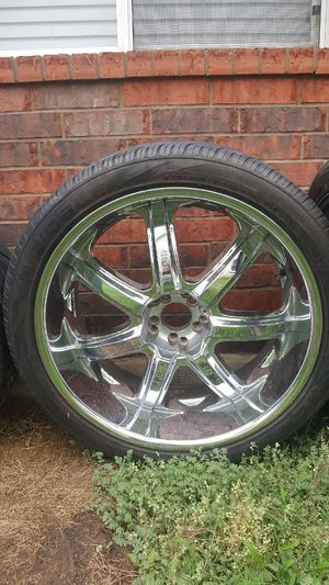 """24"""" rims universal for Sale in Austin, TX"""