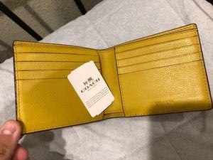 Coach wallet for Sale in Pomona, CA