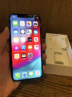 Unlocked iPhone X - 64 GBs with box for Sale in Rancho Cucamonga, CA