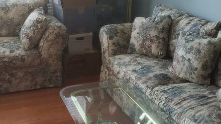 Sofa Sleeper Set for Sale in Twinsburg,  OH