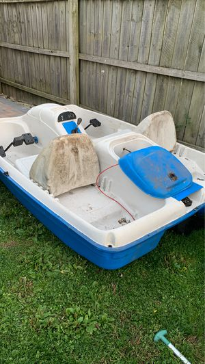 Motor paddle boat for Sale in West Chicago, IL