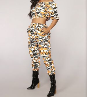 Camo Pants Set for Sale in East Point, GA