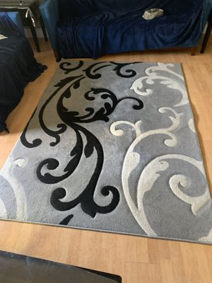 Rug 5ft by 8ft for Sale in Antioch, CA