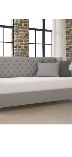 Day Bed For Sale! Mattress, Custom Made Mattress Cover And Pillows Also Available for Sale in Washington,  DC