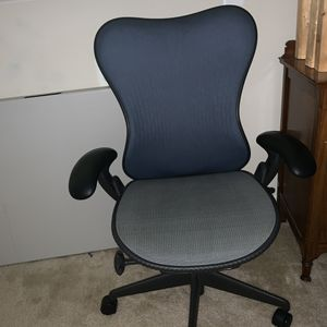 Office chair for Sale in Herndon, VA