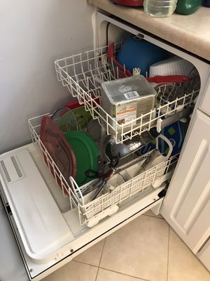 Whirlpool Dishwasher For Sale! for Sale in Seattle, WA