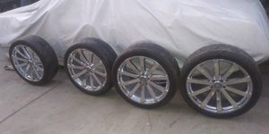 "22"" rims and tires are like new 90% tread all (4 )265/40/22"" in excellent conditions for Sale in Bell Gardens, CA"