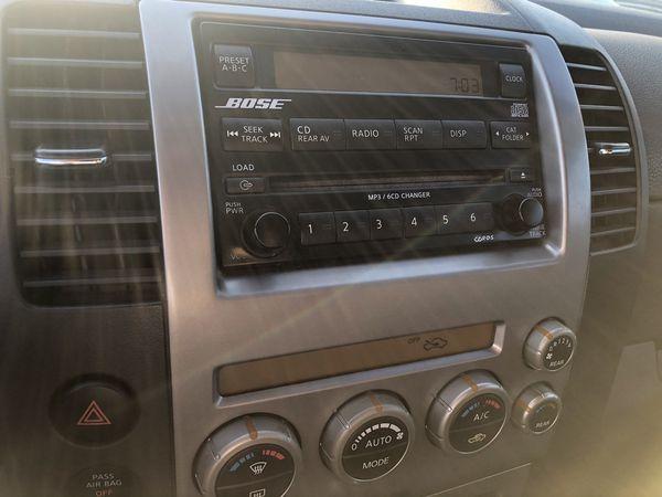 06 Nissan Pathfinder SE 200k very clean !
