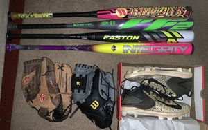 Softball bats, gloves & cleats for Sale in Fort Washington, MD