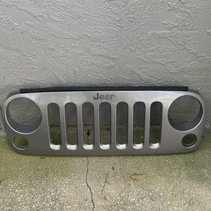 2015 Jeep Wrangler Grill for Sale in St. Petersburg, FL