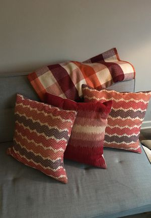Three Accent Pillows and Throw Blanket for Sale in Washington, DC