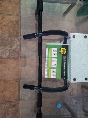 Over the door pull up bar for Sale in Kingsley, MI