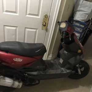50cc Scooter for Sale in Hartford, CT