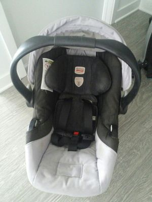 A BRITAX car seat for Sale in Chicago, IL