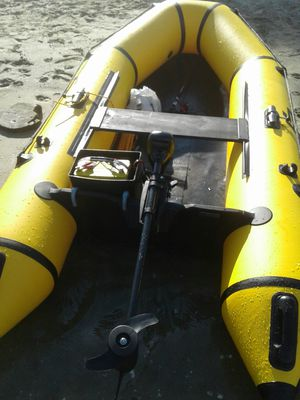 Goplus 2 Person 7.5 ft Inflatable Fishing Tender Rafting Dinghy for Sale in Artesia, CA