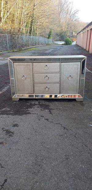 Buffet table for Sale in Seattle, WA