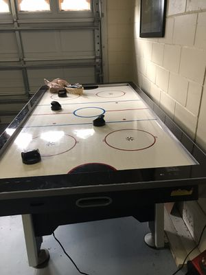 MD Sports Air Hockey Table for Sale in Clermont, FL