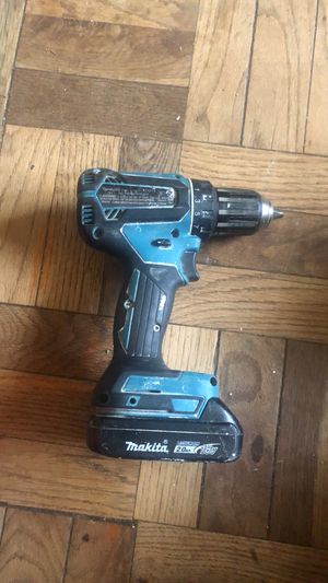 18-Volt LXT Lithium-Ion 1/2 in. Cordless Driver-Drill for Sale in Hyattsville, MD