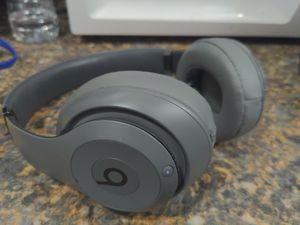 Beats studio noise cancelling headphones for Sale in Burleson, TX