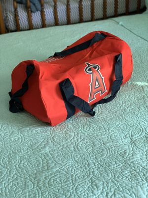 Duffle bag for Sale in Long Beach, CA