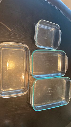 4 Glass Pyrex Baking Dishes for Sale in Windermere, FL