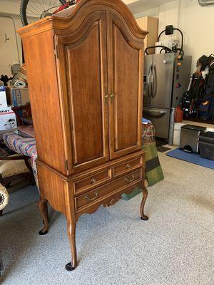 Lexington antique/classic armoire/TV for Sale in San Ramon, CA