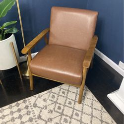 Leather Mid Century Chair for Sale in Salt Lake City,  UT