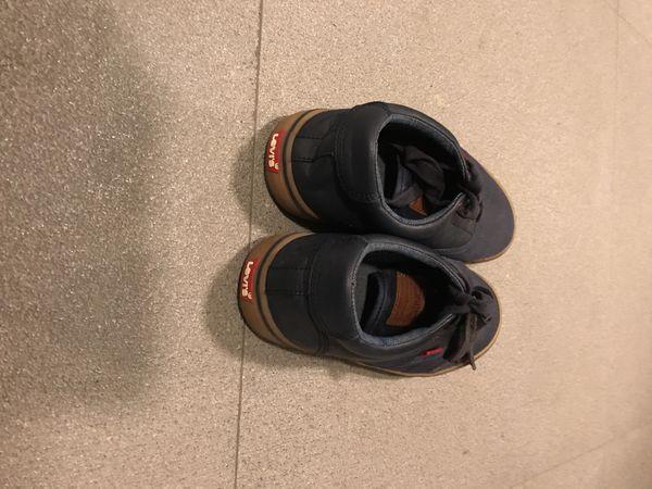 Levi's shoes size 6 1/2