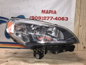 2015-2017 Dodge Ram Promaster City Headlight RH for Sale in Jurupa Valley, CA