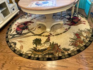 8 foot round rug for Sale in Barnegat Township, NJ