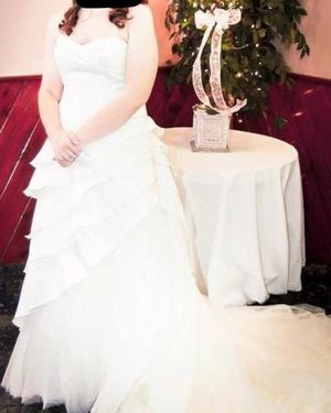 A-line style wedding dress - Impression Magic Fit for Sale in Canonsburg, PA