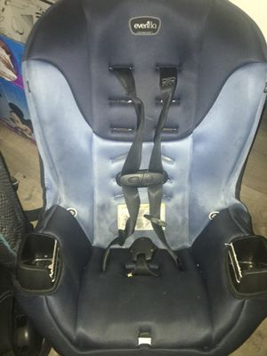 Car seat for toddler for Sale in Boston, MA