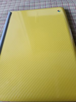 Yellow Samsung Chromebook for Sale in Keyes, CA