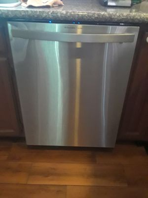 Electronic stainless steel dishwasher for Sale in Las Vegas, NV