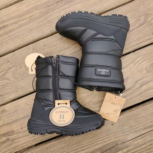 Magellan Kids Snow Winter Boots for Sale in Picayune, MS