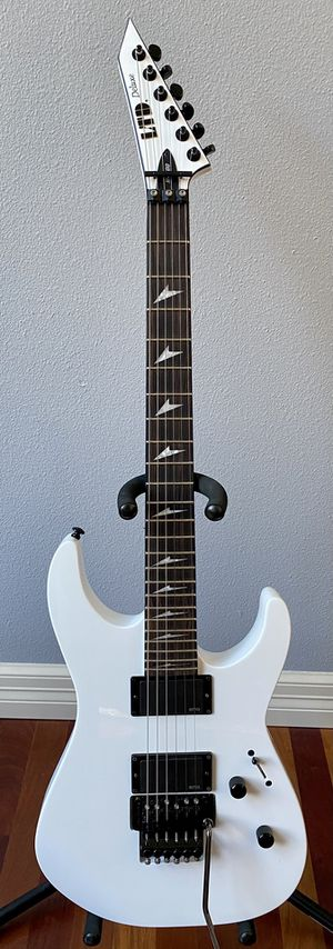 ESP LTD Deluxe M1000 Snow White with Floyd Rose for Sale in Tacoma, WA