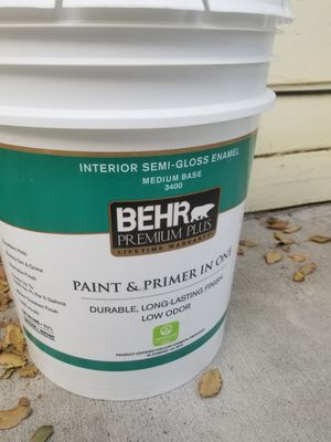 Paint behr. for Sale in Tracy, CA