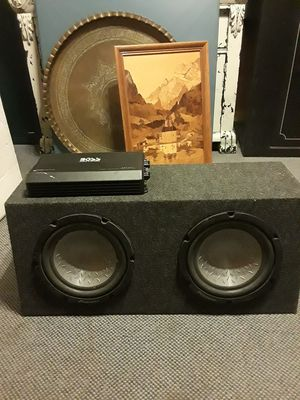 Pioneer 2 10inch subs and amp for Sale in Joint Base Lewis-McChord, WA