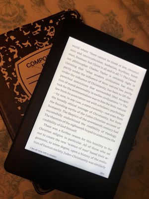 Kindle (Older Version) Great Condition for Sale in Miami, FL