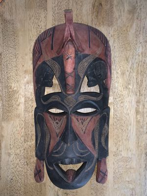 Hand crafted wooden mask from Kenya for Sale in Hattiesburg, MS