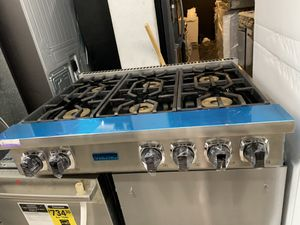 "Viking 36"" range top in stainless steel new open box for Sale in CA, US"