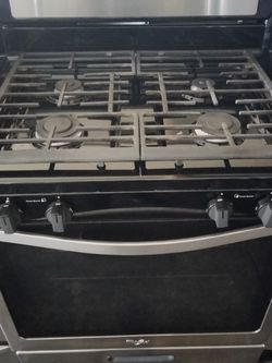 Whirlpool 4 Burner Gas Stove for Sale in Vernon,  CA