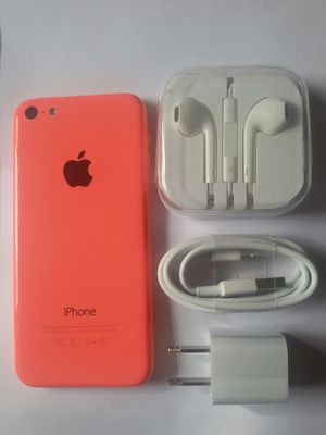 IPhone 5C , UNLOCKED .  Excellent Condition  ( as like New) for Sale in Springfield, VA