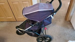 Urbini folding jogging and travel stroller for Sale in Minneapolis, MN