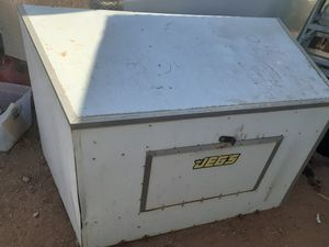 Covered generator for enclosed trailer for Sale in Mesa, AZ