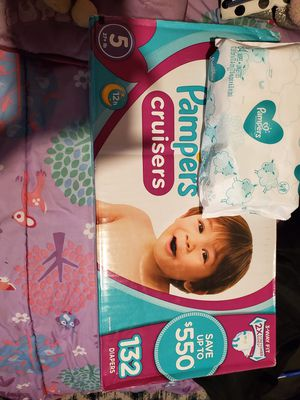 Size 5 pampers cruisers 132 diapers +1wipe bag for $40 o cambio por 4 latas de enfamil amarillas o moradas gracias no menos sorry for Sale in Perris, CA