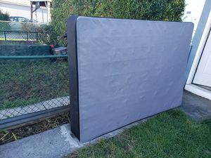 Free Full Size Box Spring for Sale in Reading, PA