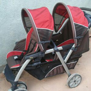 Chicco Double Stroller for Sale in Las Vegas, NV