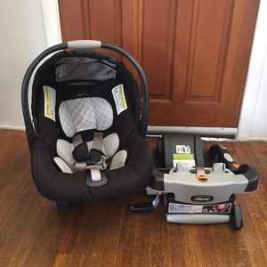 Chicco KeyFit 30 Infant Car Seat - Black for Sale in Los Angeles, CA