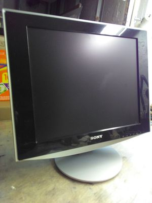 """Sony SDM-HS73 17"""" Computer Monitor for Sale in Brooklyn, NY"""